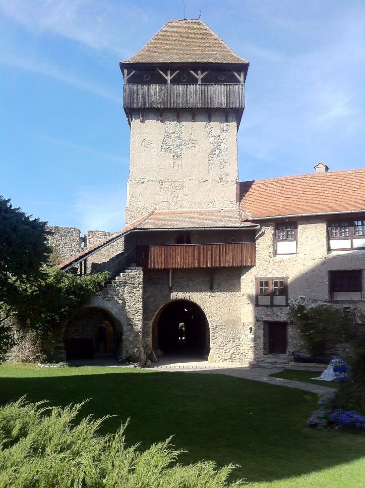 Cetatea Calnic 010